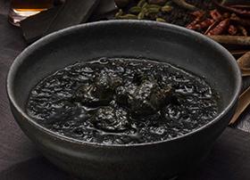 鹿児島県 鹿児島黒豚黒カレー
